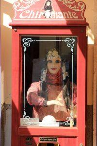 fortune-teller-560729_1920